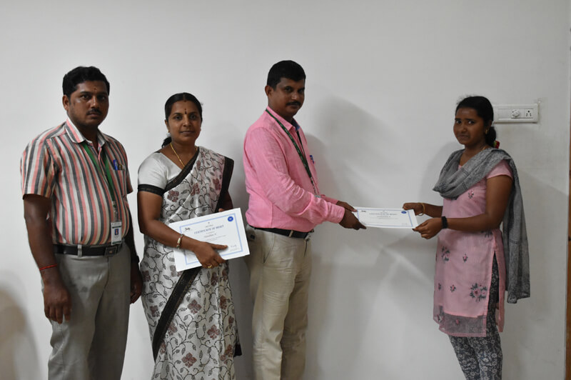 TALLY CERTIFICATE DISTRIBUTION for Commerce Students(2014-17 Batch)